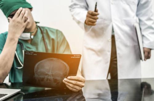 perito odontólogo en caso de negligencias médicas dentales